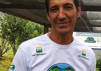 Davenir Manoel da Rosa – Auxiliar de Serviços Gerais