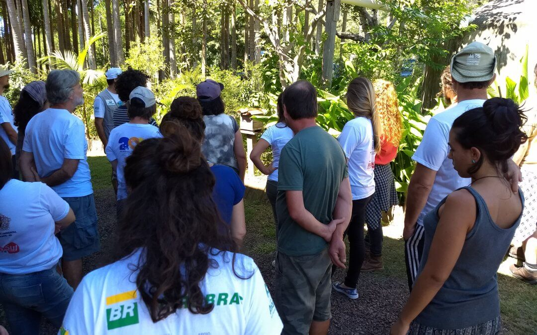 Centro de Referências Ambientais recebe alunos de Biologia Marinha do Litoral Norte