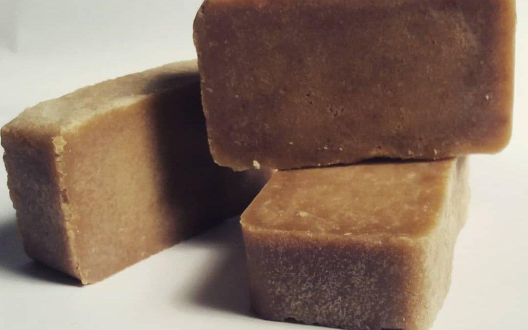 Óleo de cozinha usado vai virar sabão biodegradável em oficina de disseminação de tecnologias sustentáveis